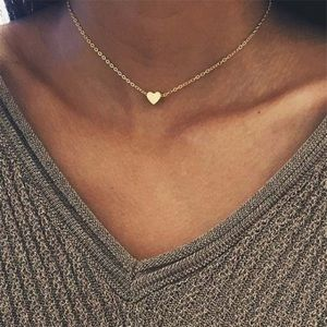 Jewelry - ❤️1 Left! Dainty Gold Tone Heart Chain Necklace
